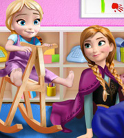 Anna Playing With Baby Elsa