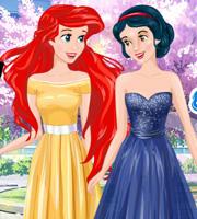 Ariel and Snow White BFFs