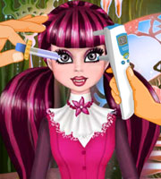 Draculaura Eye Care