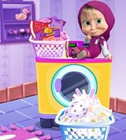 Masha Laundry Day