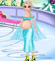 Pregnant Elsa Ice Skating